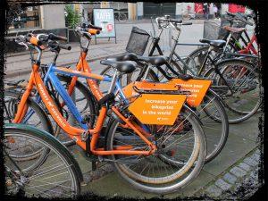 bikes 300x225 - Gesundheit & Ernährung