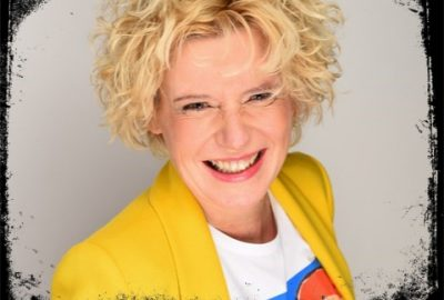 Sabine Zettl ist mit ihrem Business How you show up matters Expertin in ihrem Gebiet