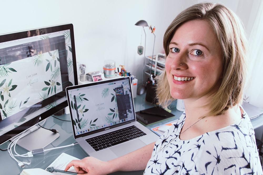 Nathalie seikritt design Autorenbeschreibg - Corporate Design: Wie ein individueller, visueller Markenauftritt dein Business unterstützt (#18 Nathalie Seikritt)